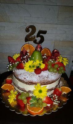 Nahá torta so živými kvetmi. Autorka: MartinaO. Tortyodmamy.sk