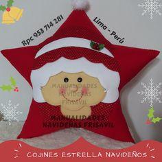 Cojín Estrella Noela Front Door Christmas Decorations, Christmas Front Doors, Front Door Decor, Holiday Decor, Facebook Sign Up, Couture, Christmas Stockings, Seasons, Pillows