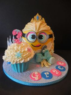 Elsa minion - For all your cake decorating supplies, please visit craftcompany.co.uk