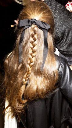 Christmas Hairstyles, Up Hairstyles, Princess Hairstyles, Pretty Hairstyles, Hair Inspo, Hair Inspiration, Hair Looks, Hair Trends, Hair Makeup