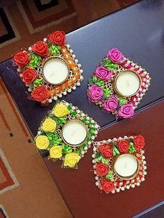 Diwali Decoration Items, Diya Decoration Ideas, Diwali Decorations At Home, Diwali Diya, Diwali Craft, Diy Diwali Gifts, Diwali Candles, Diwali Candle Holders, Diwali Gift Hampers