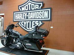 Used 2015 Harley-Davidson FLHTK - Ultra Limited Motorcycles For Sale in Illinois,IL. 2015 Harley-Davidson FLHTK - Ultra Limited, CALL CHRIS!!! (630)-605-7871 The farther you go on a motorcycle, the better it gets. Whether riding one, or building a new one from LED headlamp to taillight. Welcome to the top-of-the-line bagger.