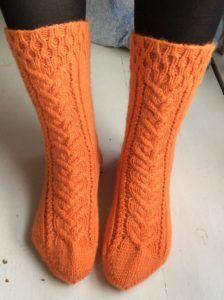 Androgynous Hair, Knitting Socks, Mittens, Diy, Fashion, Breien, Knit Socks, Fingerless Mitts, Moda