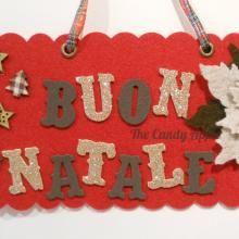 """Targa """"Buon Natale"""" con stella di natale - rossa, in feltro e gomma crepla creata con l'aiuto di Sizzix Big Shot"""