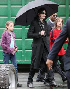 Michael Jackson with his 12-year old son Prince Michael and 11-year-old daughter Paris, 3rd June 2009.