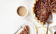 Top 5 Desserts to Have at Your Thanksgiving Dinner Autumn Home, Better Homes And Gardens, Recipe Collection, Waffles, Home And Garden, Thanksgiving, Real Estate, Entertainment Ideas, Dinner