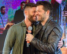 Jensen and Misha Jensen Ackles, Danneel Ackles, Jensen And Misha, Misha Colins, Supernatural Fanfiction, Supernatural Destiel, Decimo Doctor, Sam E Dean Winchester, The Boy Is Mine