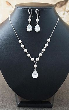 Cubic Zirconia and Pearl Bridal Jewelry set from EarringsNation Simple sweet classic white weddings