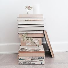 Books are just the best interior details | Great for both eye and mind⇢♡