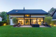 HUF Haus MODUM 6:10 - HUF Haus ➤ Fertighaus mit Satteldach ✔︎ Bilder ✔︎ Grundrisse ✔︎ Preise jetzt ansehen auf HausbauDirekt.de