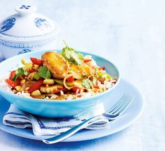 Tasty Chinese chicken with peanuts - Healthy Food Guide Healthy Chinese Recipes, Asian Recipes, Healthy Recipes, Ethnic Recipes, Healthy Food, Healthy Chilli, Chilli Recipes, Free Recipes, Healthy Eating