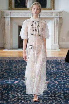 View the complete Valentino Spring 2017 collection from Paris Fashion Week.