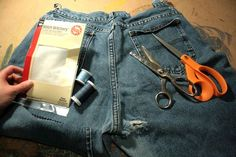 Sewing Men Clothes The DIY Tailor: An Easy Way to Fix Holes in Your Jeans and Other Garments Sewing Men, Love Sewing, Sewing Clothes, Diy Clothes, Sewing Basics, Sewing For Beginners, Sewing Hacks, Sewing Tips, Sewing Tutorials