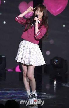 #Lovelyz #kei Lovelyz Kei, Lee Soo, Gorgeous Men, Girl Group, Kpop, Women, Fashion, Ballerina, Moda