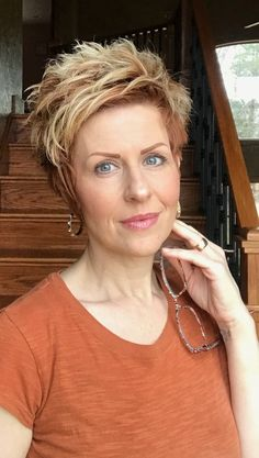 20 Pixie Cuts We Love for 2018 - Fashiotopia Short Hair Cuts For Women, Short Hairstyles For Women, Cool Hairstyles, Shaggy Hairstyles, Pixie Haircuts, Sassy Haircuts, Short Choppy Hair, Great Hair, Hair Today