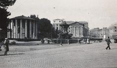 Piazza della Bocca della Verità (1938) Civilization, Old Photos, Rome, Street View, Statue, History, Antiques, World, City