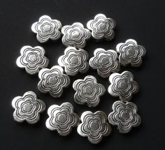 Silver Flower Spacer  Silver Daisy Beads   Drilled by BijiBijoux
