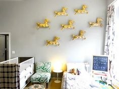 Our Favorite DIY Wall Art -- Ponies on Parade - iVillage