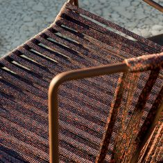 Out_Line hand-woven armchair. Outdoor. Designed by Nieves Contreras. Photo: Mauricio Fuertes. Year: 2010.