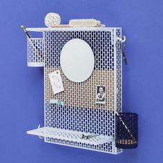 Wandablage Pinorama S / H 50 cm - Spiegel Ø 18,5 cm / mit 7 Zubehörteilen, Hellblau von Hay finden Sie bei Made In Design, Ihrem Online Shop für Designermöbel, Leuchten und Dekoration.