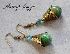 Skønne grønne Agater, turkis Swarovski +vintage bronze filigran øreringe