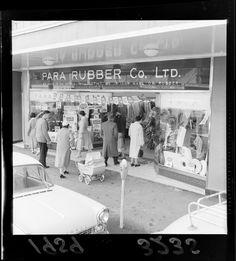 Street view of Para Rubber Company Ltd shop, Lower Hutt, Wellington Region Wellington New Zealand, The Hutt, New Zealand Landscape, British Isles, Old Pictures, Street View, History, Historia