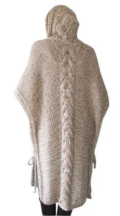 Plus Size Maxi Knitting Poncho con sudadera con capucha - Over Size Tweed Beige Cable Knit de Afra Love Knitting, Poncho Knitting Patterns, Crochet Cardigan, Knitted Shawls, Knitting Designs, Knit Patterns, Hand Knitting, Tweed, Poncho Pullover