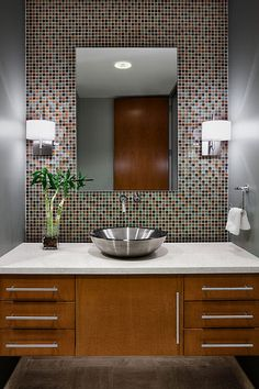 gray bathroom | Click here to view our Classic Bathroom Coutertop Photo Gallery