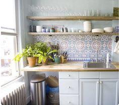 http://i0.wp.com/arredamentoshabby.it/wp-content/uploads/piastrelle-marocchine-cucina.png