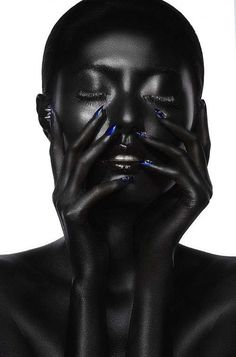 The Tao of Wu Fault Magazine Series Celebrates Ethnic Beauty https://trendhunter.com How to apply makeup correctly, info here: http://crazymakeupideas.com/12-nail-art-ideas-for-your-toes/