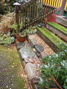 Pebble Mosaic Steps- arts and crafts Looks like might be slick when wet!