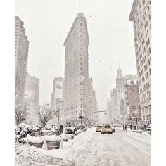 Winter Storm Pax Hits NYC Instagram Pictures ❤ liked on Polyvore featuring backgrounds, pictures, photos, winter and christmas