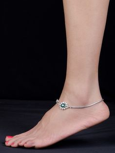 Women's anklets – Lady Dress Designs Payal Designs Silver, Silver Anklets Designs, Silver Payal, Anklet Designs, Necklace Designs, Silver Anklets Online, Silver Jewellery Indian, Gold Jewellery Design, Silver Jewelry