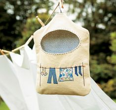 Favorite Sewing Projects Learn to make this cheerful embroidered peg bag - the perfect handmade gift for mum, or yourself! So quick Diy Sewing Projects, Sewing Tutorials, Sewing Crafts, Sewing Patterns, Bag Patterns, Diy Clothes Pegs, Clothes Pin Bags, Peg Bag, Bag Pattern Free