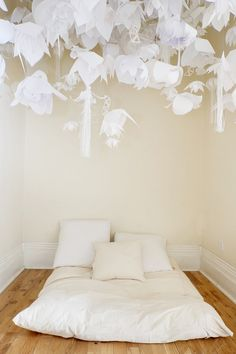 kronalion_room211-bed