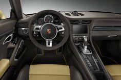 Golden rules: Porsche 911 Turbo Exclusive (991)