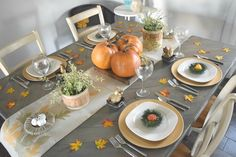 simple fall tablescape,fall tablescape with simple and low cost ways to decorate for the holidays. Gold accents, rustic elements with calm and warm neutrals. A dining room ready for fall and thanksgiving. Filled with DIY and fall crafts projects.