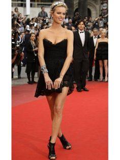 (NO.020752 )Eva Herzigova Sheath / Column Sweetheart  Sleeveless Short / Mini  Lace  Black Cocktail Dress / Homecoming Dress