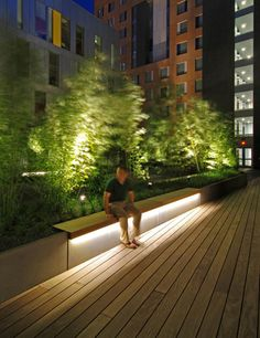 When designing your backyard, don't forget to carefully plan your lighting as well. Get great ideas for your backyard oasis here with our landscape lighting design ideas. Architectural Lighting Design, Landscape Lighting Design, Landscape Architecture Design, Light Architecture, Banco Exterior, Exterior Design, Backyard Lighting, Outdoor Lighting, Modern Lighting