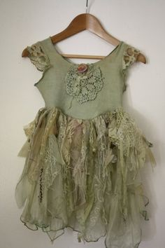 Vintage fairy princess dress by tajandruby on Etsy, $45.00