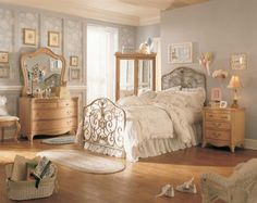 Stunning Vintage Bedroom Ideas Exposing Bright Mattress Accompanied By Sleek Nighstand And Dresser For Women Room Design Beautiful Vintage Bedroom Ideas Maximizing Pallet Color Accessories Bedroom Design