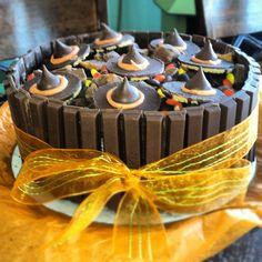 kit kat cake | Halloween kit kat cake | Spectacular Cakes