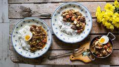 Není větší demotivace než po hodinovém motání španělských ptáčků sledovat, jak je rodina na talíři opět preparuje na původní ingredience. Ušetřete práci sobě itěmto nevděčníkům auvařte ptáčky jako omáčku – vztahy se strávníky to jedině zlepší achuti vomáčce se navíc mnohem lépe propojí. Líným kuchařům zdar! Ethnic Recipes
