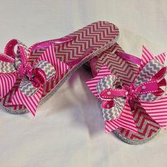 #bjsbowbows #bows #bowflipflops #flipflops #chevron #pinkandgray #stripes #handmade
