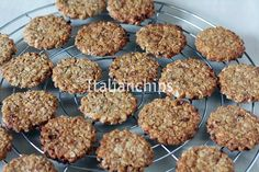 Biscotti Cookies, Muffin, Food And Drink, Yummy Food, Favorite Recipes, Sweets, Baking, Breakfast, Desserts
