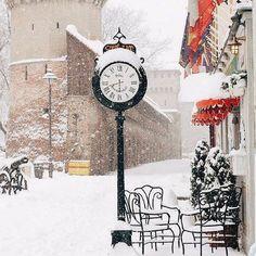 Sibiu. Romania photography city winter snow  Magi:) Jag måste fota sånt här:)