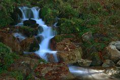 Una cascada en el Parque Natural de Redes