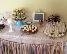 Cake pops by La Bella Dolce Cupcakes!  www.facebook.com/labelladolcecupcakes