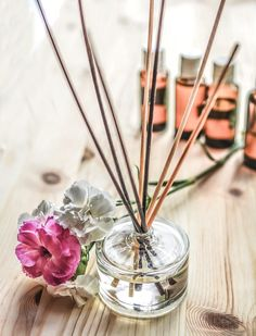 Make your own reed diffuser that'll uplift your mood, better your health and keep the creepy crawlies at bay: http://anythinggoeslifestyle.co.uk/in-the-home/in-the-home-diy-make-your-own-reed-diffuser/ #homemade #interiors #DIY #inthehome #craft #giftideas