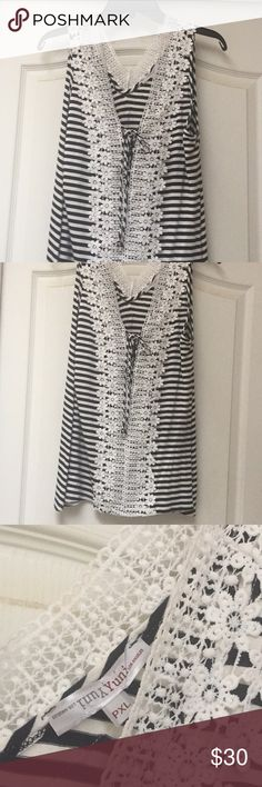 Sleeveless striped Top Sleeveless Striped Top  Lace Size PXL Yuni Tops